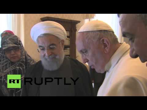 Holy See: Iranian Pres. Rouhani and Pope Francis exchange gifts in cordial Vatican visit