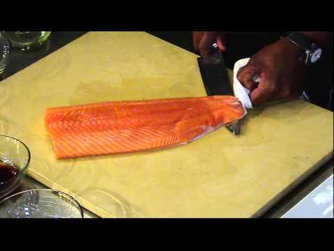 How to cook salmon to get the skin off