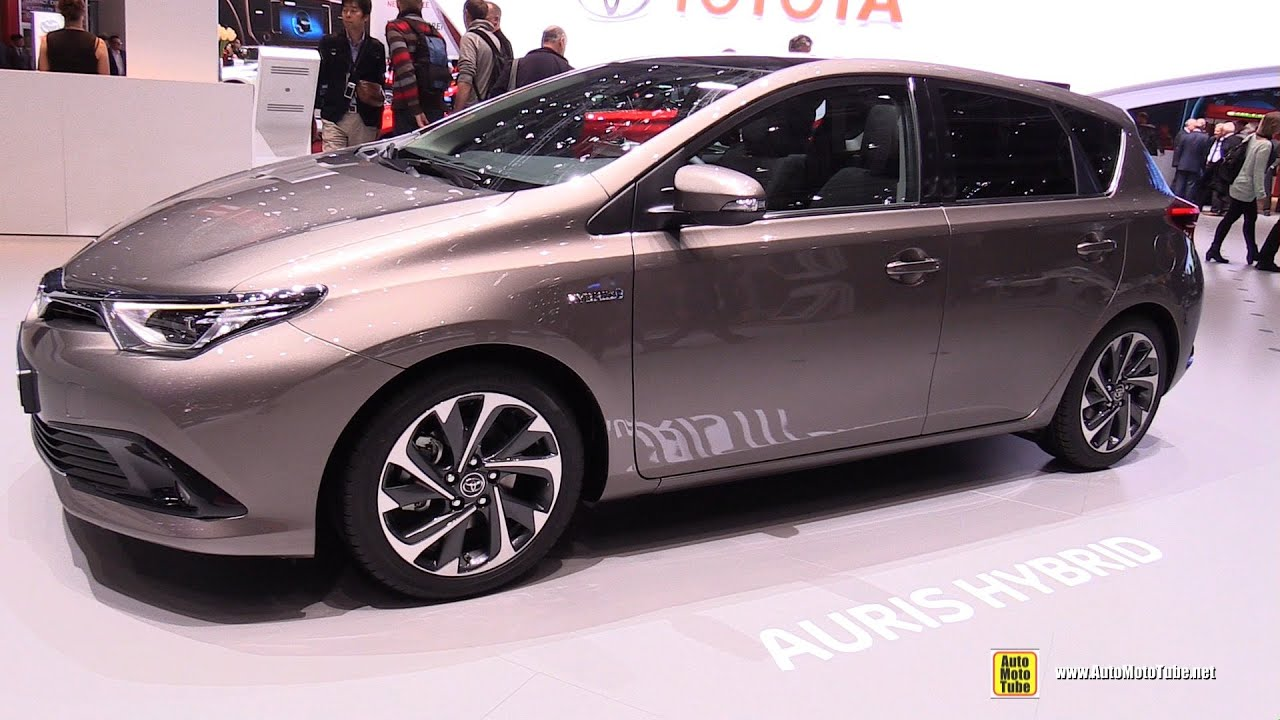 2016 toyota auris hybrid exterior and interior walkaround 2016 geneva motor show youtube. Black Bedroom Furniture Sets. Home Design Ideas