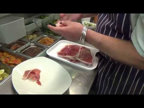 Cooking demo: Cafe Andalauz Glasgow makes Tabla de Ibericos