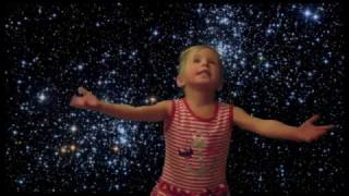«Звезды» Сергей Есенин (чит Ледянкина  Элина 3 года)  2015 г
