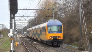 Diverse treinen te Utrecht Overvecht