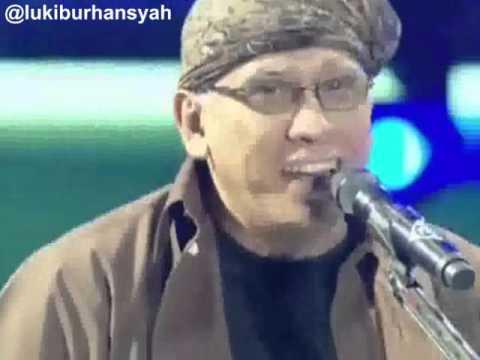 Oemar Bakri  Iwan Fals on Kilau Raya MNCTV 24, 201015