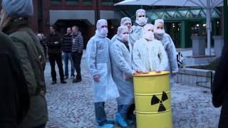 Mahnwache gegen Atomenergie in Norderstedt 21. März 2011