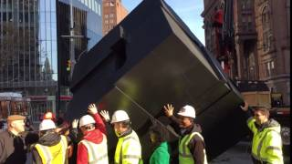 The first return 'spin' of Astor Place Cube, Nov. 1, 2016