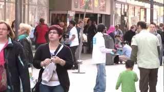 """2012-04-18 Die """"Muslime für Frieden"""" Flyer-Aktion in Koblenz"""