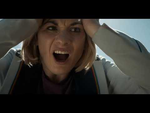 Русский трейлер [2018] - Доктор Кто: Женщина, которая упала на землю 12+ (в кино с 7 октября 2018)
