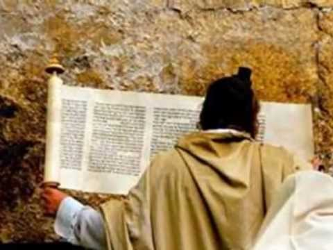 The Purim Megillah in 4 1/2 Minutes