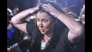 «Лолита, как старая КЛЯЧА прыгает по сцене!!!» - нумеролог