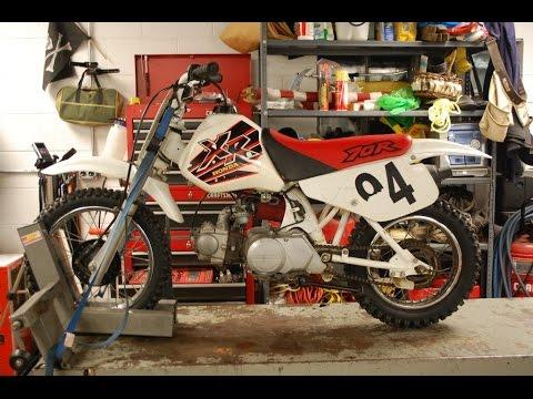 How-To: Clean Motorcycle Carburetor Honda XR70R (Sample)