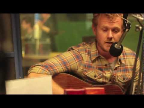 Tim Hart - Stride By Stride (Live on RADIO ADELAIDE)