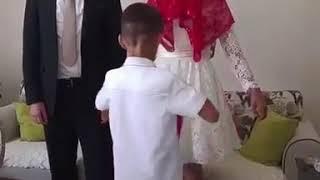 Брат надевает Невесте ленту 😍