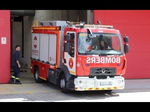 Bombers Barcelona C-13 a un servicio urgente // Barcelona Fire Service Heavy Rescue responding