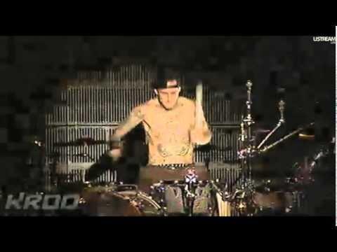 16 - Blink182 - Reckless Abandon Live at Epicenter Festival 2010
