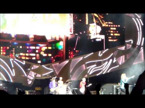 The Rolling Stones - Start Me Up - Bobby Dodd Stadium, Atlanta - June 9, 2015