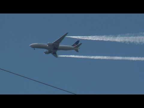 Continental Airlines 777 with 275 passengers dumping fuel over New Jersey !