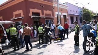 Choque entre dos motocicletas en la calle 20 con 8 #SantaMarta