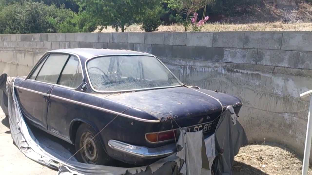 An Abandoned 1967 Bmw 2000 Spotted In Cyprus Youtube