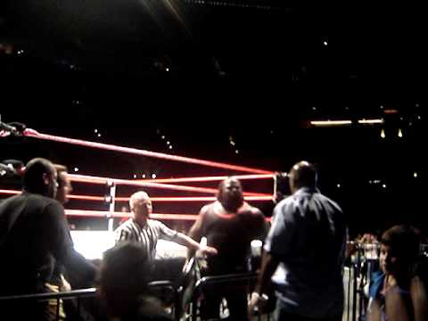 Michael Clarke Duncan vs Mark Henry RAW Live Event @ Staples Center 21309