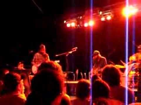 Band of Horses - Effigy (Creedence Clearwater Revival cover) mp3