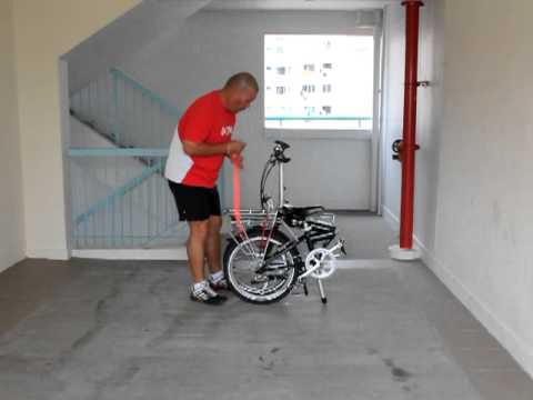How To Fold And Roll A Foldable Bike (Dahon Or Tern)