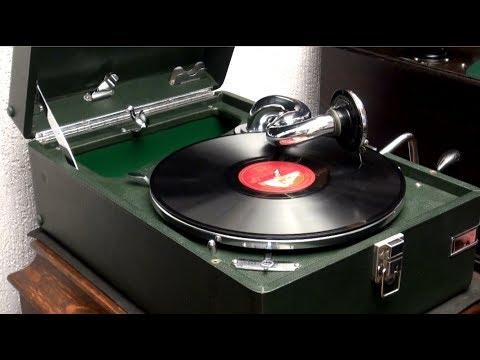 HMV102 Gramophone Plays Tommy Dorsey