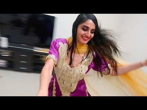 GIRL INDIAN DANCING !!!