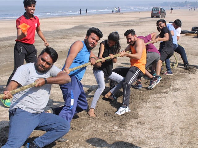 CROSSFIT WORKOUTS ON THE BEACH, INTENSE AND HARDCORE TRAINING ! METAFIT  FITNESS CLUB, VIRAR WEST