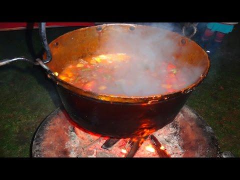 hvdh-kessel-gulasch---rezept-und-anleitung---und-kochen-über-eine-offene-feuerstelle