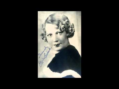 "Ambrose and His Orchestra (w. Elsie Carlisle) - ""It's the Talk of the Town"" (1933)"