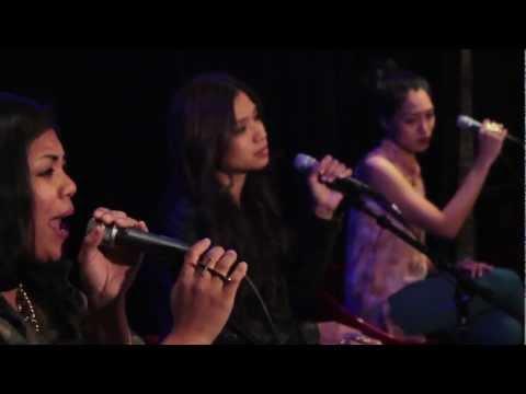 Emeli Sandé - Clown (SChAE  Cover) - TrackShack Live