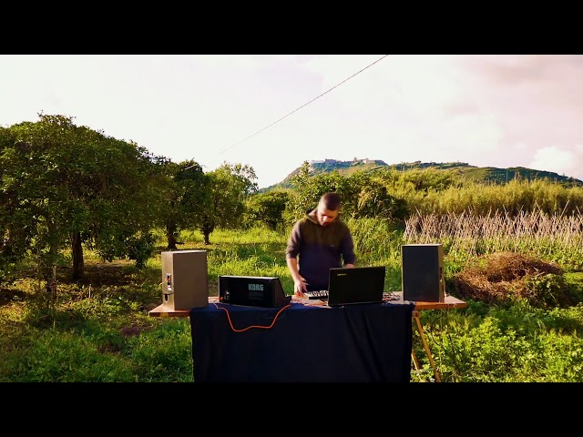 ReUnite Sessions - Floating Machine