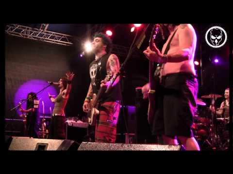 NOFX - Lori Meyers (feat. Tina Rebec/Pigs Parlament) 2011 HD
