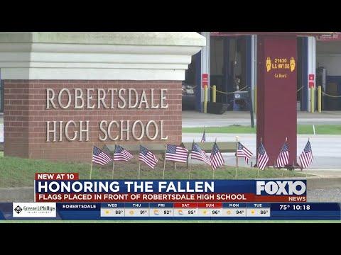 Robertsdale High School students honoring the fallen
