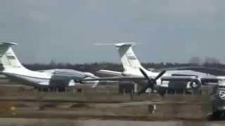 Аварийная посадка Ту 154 на Чкаловском  Полная версия(29 апреля 2011 года на подмосковном аэродроме Чкаловский чуть не разбился Ту-154, принадлежащий министерству..., 2015-11-03T18:18:15.000Z)