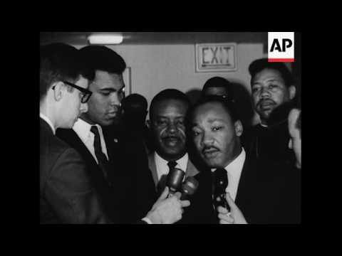 Heavyweight champion Muhammad Ali got together with civil rights leader Martin Luther King for a fri