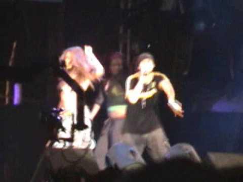 Beyonce' and Sean Paul