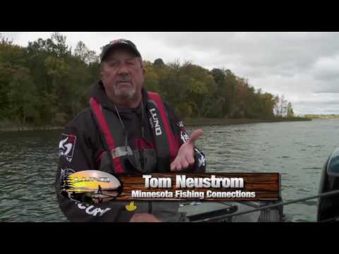 Lund Ultimate Fishing Experience 2017 Ep12 Finding Fall Crappie