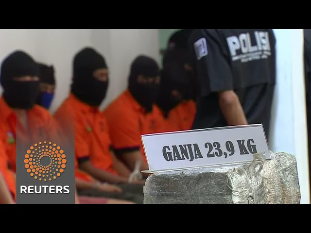Indonesian leader orders officers to shoot traffickers