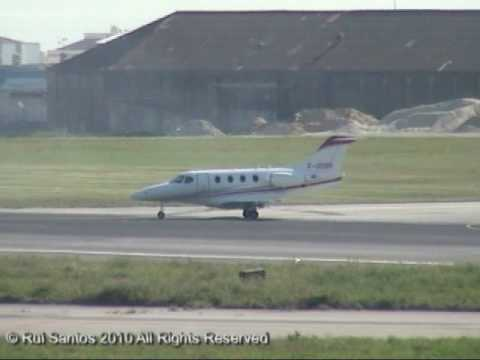 Private Hawker Beechcraft 390 Premier IA