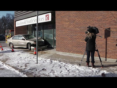 Car broke a big window on Broadway | Car accident