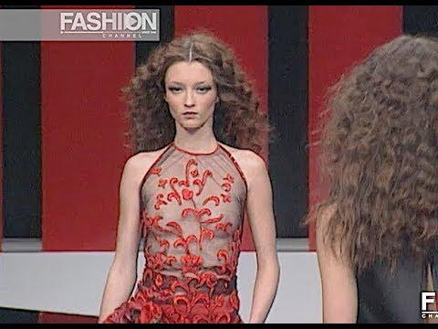 VALENTINO Fall 1999 2000 Paris – Fashion Channel