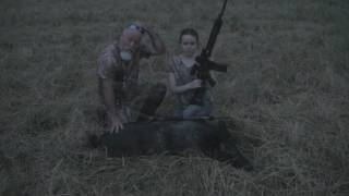 Video Lady Hog Hunters 4 Hogs Down download MP3, 3GP, MP4, WEBM, AVI, FLV Oktober 2018