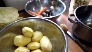 Семья Бровченко. Рецепт красного борща. Как придать красивый цвет борщу.