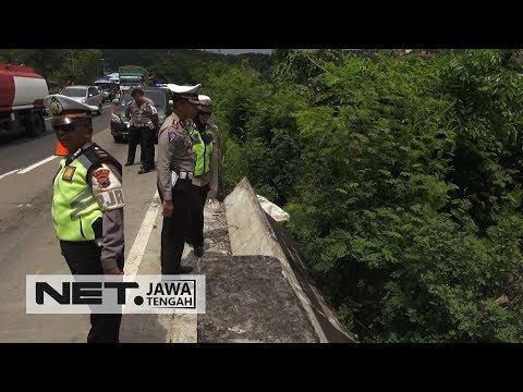 Polres Semarang Lakukan Olah TKP Kecelakaan yang Tewaskan NH Dini - NET JATENG Mp3