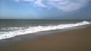Море и пляж в Калелье (Испания, Коста-Брава), начало июля(Читайте подробный отзыв об отдыхе в Калелье (Испания, Коста-Брава): http://otzovik.com/review_2308709.html Калелья (исп. Calella)..., 2015-08-30T13:26:55.000Z)
