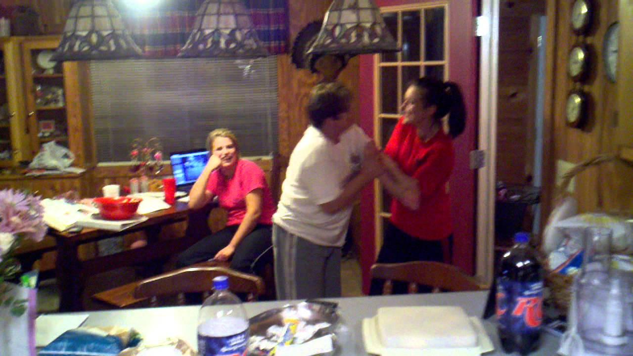 moms fist fighting