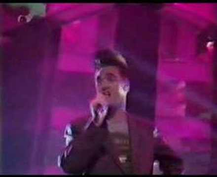 Morrissey - Everyday Is Like Sunday TOTP 1988