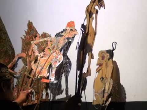 Wayang Kulit - LANGEN BUDAYA - Dalang H.Anom Rusdi Bag 4 ( Arya Production )