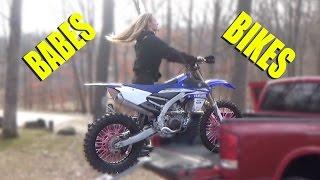 GIRL wheelies YZ450F!